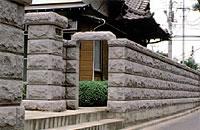 石塀に使われる白河石