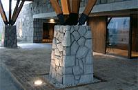 建造物に使われる白河石 (2)